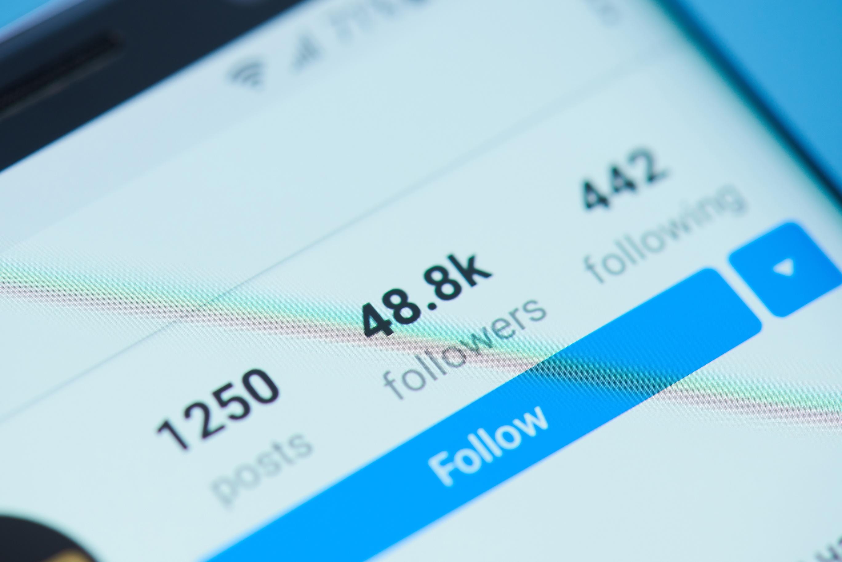 Dreamstime_Social_Following_HB