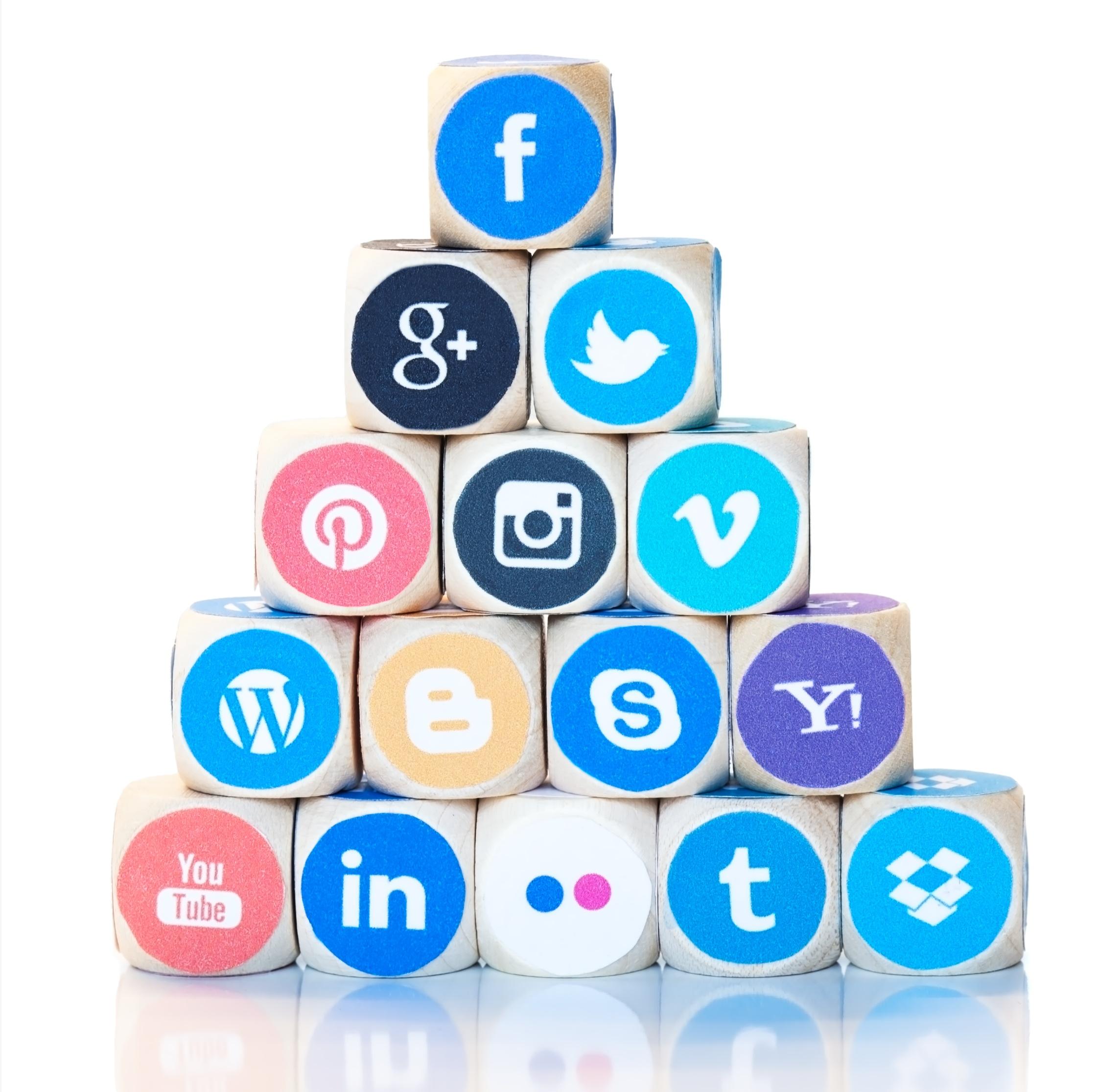Dreamstime_Social_Platforms