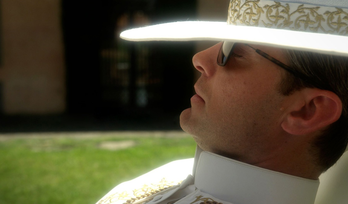 the-young-pope-3.jpg